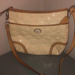 Coach Peyton signature bag purse patent leather